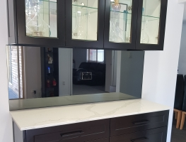 Mirror Splashback by Graphic Glass Services Qld