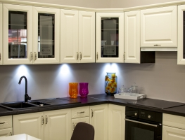 Satin Silver Glass Splashback by Graphic Glass Services