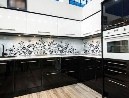 Digitally Printed Glass Splashbacks available at Graphic Glass Services Qld