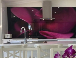 Digital Printed Glass Splashback Purple Tulip