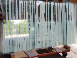 Digital Printed Laminated Toughened Glass by Graphic Glass Services