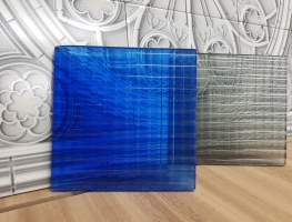 Cross  Narrow Reeded coloured Laminated Glass by Graphic Glass Services