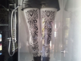 Digital Print shower panel - LEGS by Graphic Glass Services