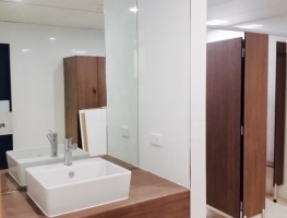 Commercial Vanity Mirror by Graphic Glass Services Qld