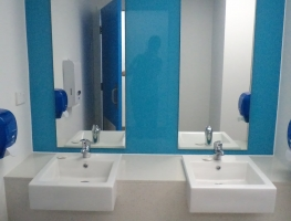 CQU Rockhampton Blue Glass Wall Cladding and Mirrors by Graphic Glass Services Qld