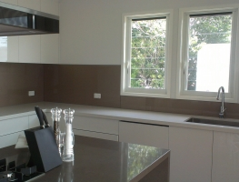 Colourbacked Glass Splashback in Bronze Metallic by Graphic Glass Services Qld