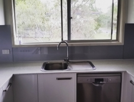 Filtered Silver Splashback with window 03.17