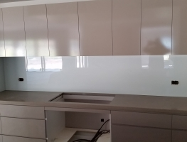 Coarse Silver Glass Splashback by Graphic Glass Services Qld